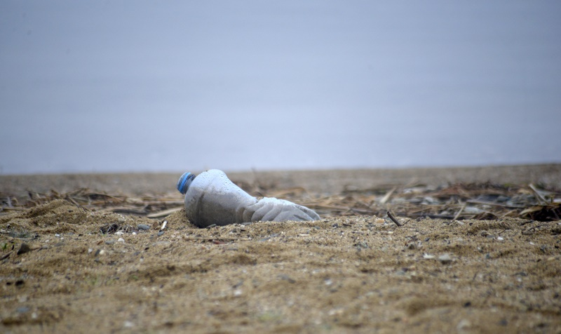 Plastic_water_bottles